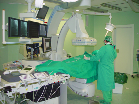 Implante de marcapasos y desfibrilador automático